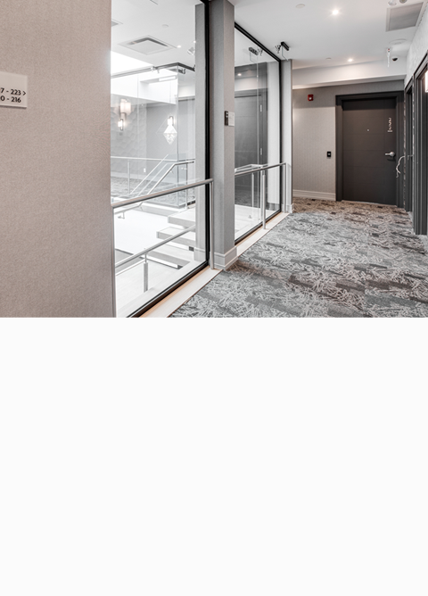 Dream Suites @ YYZ Header - Hallway - Mobile